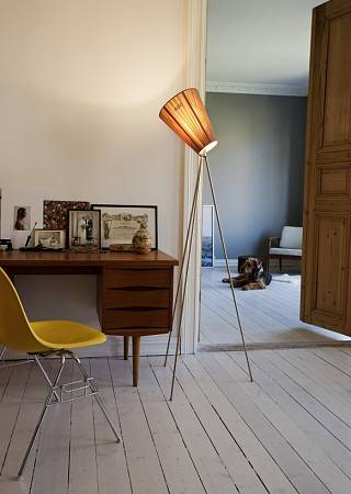 vloerlamp/northern_lighting_oslo_wood_vloerlamp_beige_1498748914.jpg